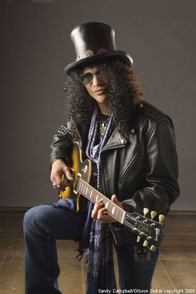former guns n roses guitarist slash says the he and axl rose have repaired their estranged. Black Bedroom Furniture Sets. Home Design Ideas